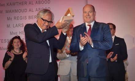 Futurum Award goes to Sir Anish Kapoor