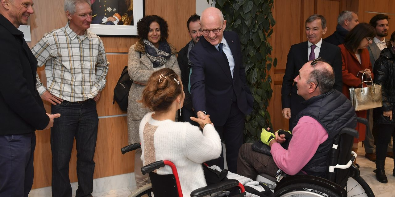 Monegasque Ski Federation given special tandem for disabled skiers