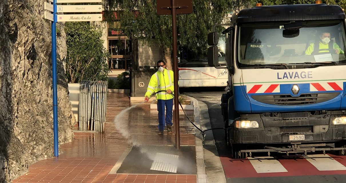 Monaco's pavements, handrails and lifts disinfected