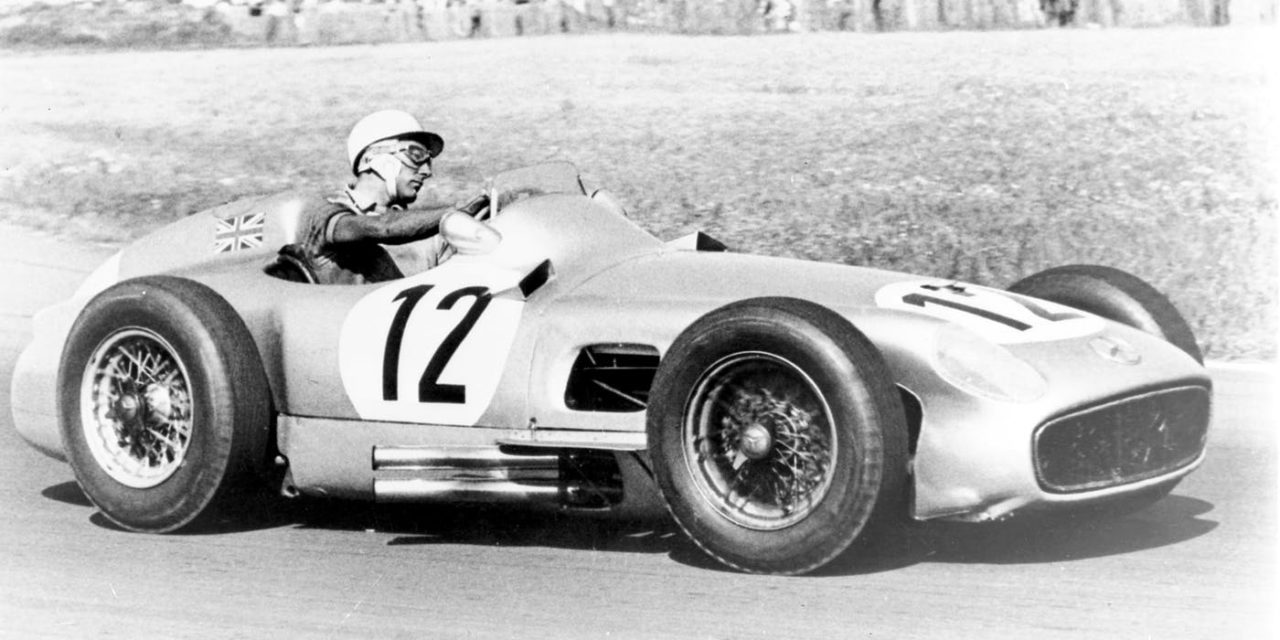 Sir Stirling Moss dies peacefully at home, aged 90