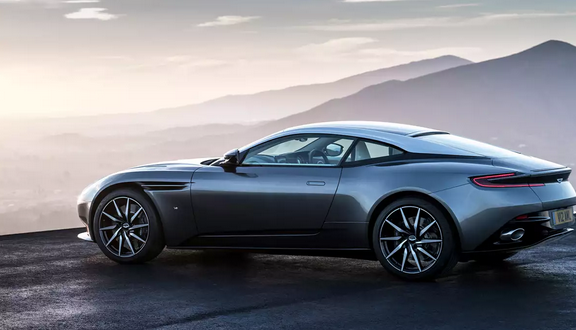 Aston Martin makes change at the top