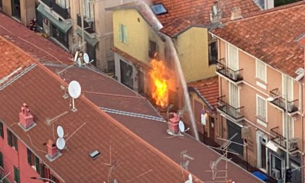 Major fire in Roquebrune blocks Monaco access road