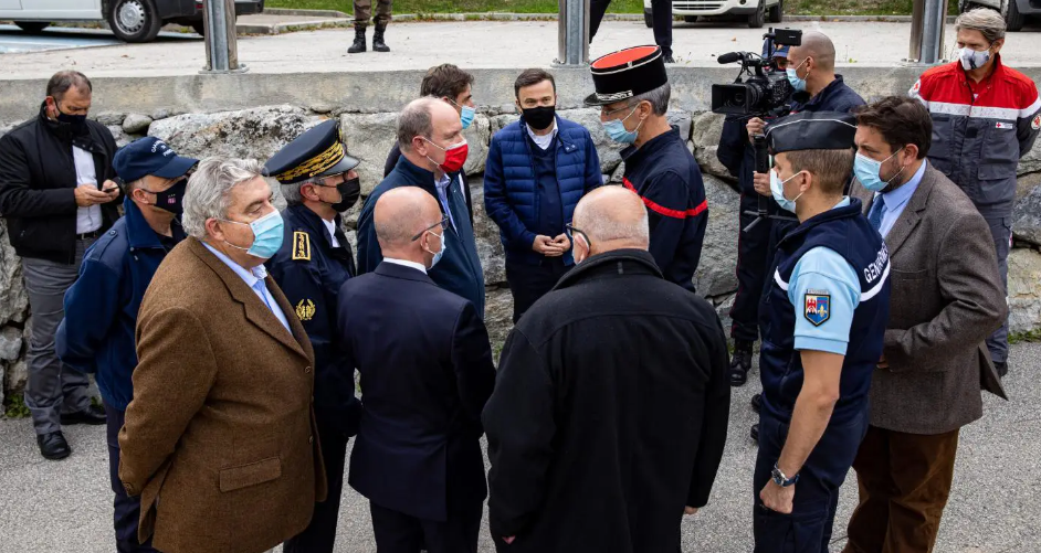Prince Albert visits flood disaster zone – local officials appeal for funds