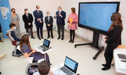 Monaco distributes 1,200 laptops to students