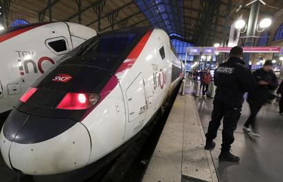 Paris night train starts again in April