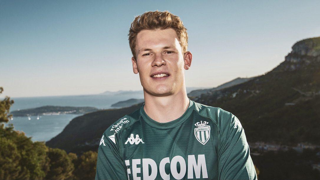 Alexander Nübel joins AS Monaco on two year loan deal