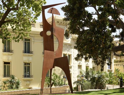 Artcurial sculptures in the grounds of SBM hotels