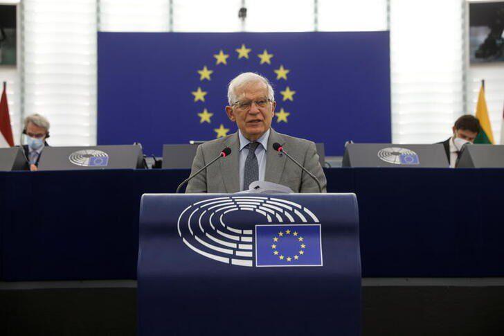 EU talks about sanctions to tackle Belarus people smugglers