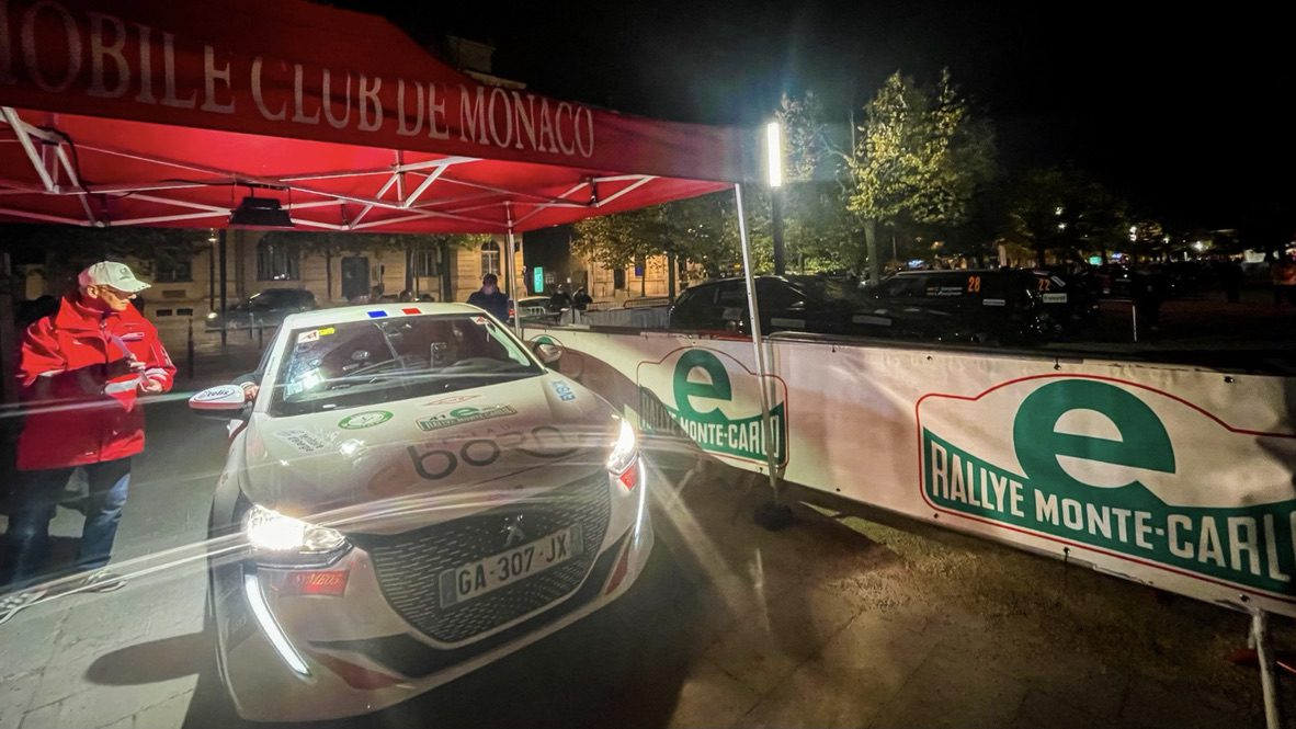 Smiles all round as the E-Rallye Monte-Carlo 2021 gets underway