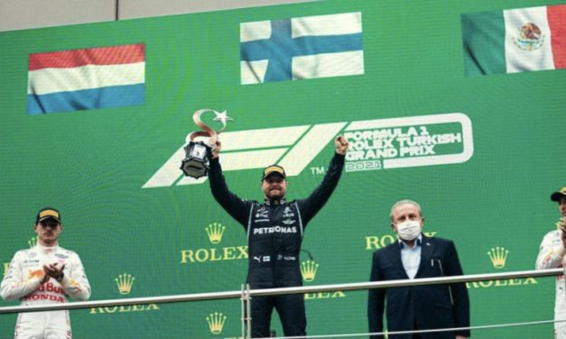 Bottas victorious at slippery Turkish GP, Leclerc fourth